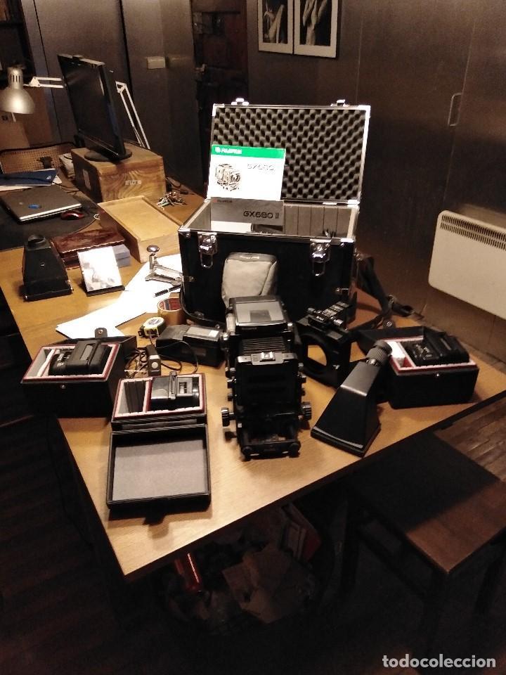 APABULLANTE EQUIPO DE FOTOGRAFIA PROFESIONAL FUJI GX-680 CON TRES OBJETIVOS, PARA PLACAS Y PELÍCULA (Cámaras Fotográficas - Otras)