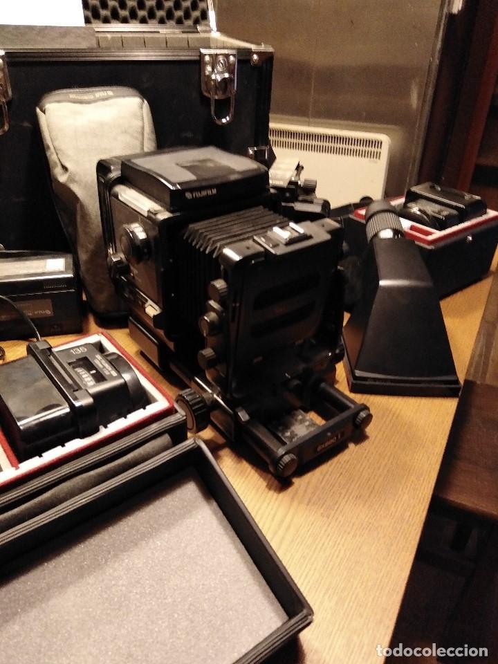 Cámara de fotos: Apabullante equipo de fotografia profesional FUJI GX-680 con tres objetivos, para placas y película - Foto 2 - 220422628