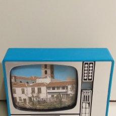 Cámara de fotos: TELEVISIÓN VISOR DE DIAPOSITIVAS. RECUERDO DE TENERIFE. VINTAGE. MADE IN SPAIN. Lote 220563228