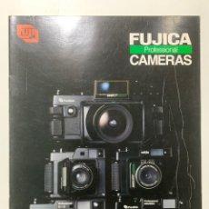 Cámara de fotos: CATALOGO CÁMARA DE FOTOS FUJI FILM GS645 W GW690 GSW690 G617 DE 1984. Lote 222383490