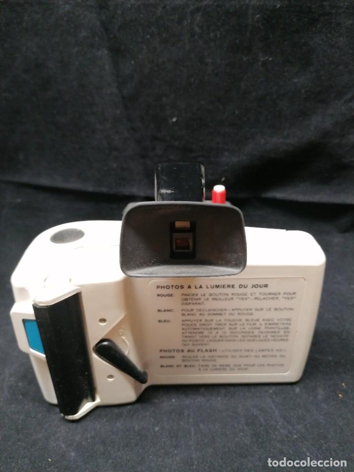Cámara de fotos: Antigua camara de fotos Polaroid Swinger - Foto 4 - 224056257
