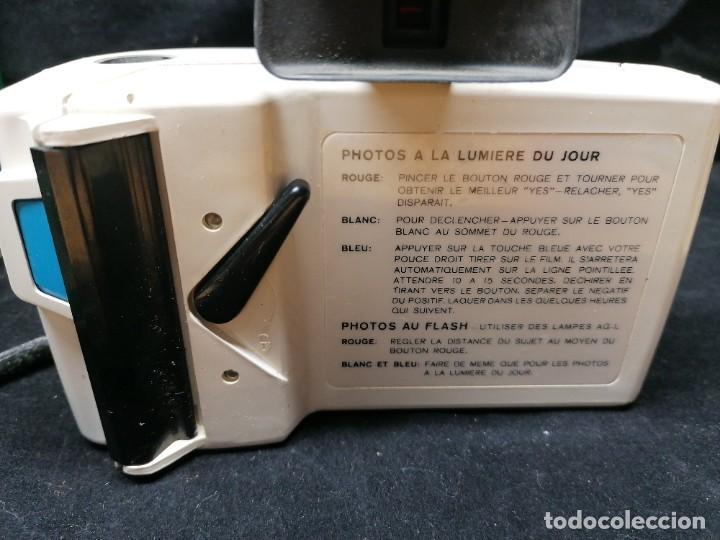 Cámara de fotos: Antigua camara de fotos Polaroid Swinger - Foto 10 - 224056257