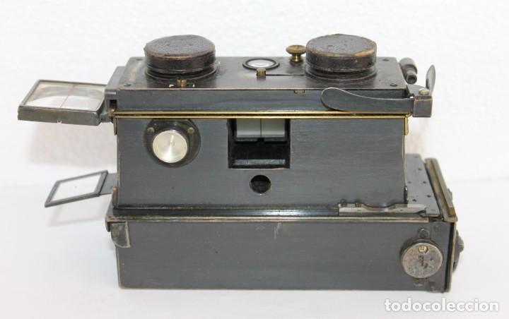 Cámara de fotos: Cámara estereoscópica Verascope de Jule Richard con gran cantidad de accesorios. Paris 1900 - Foto 2 - 226098550