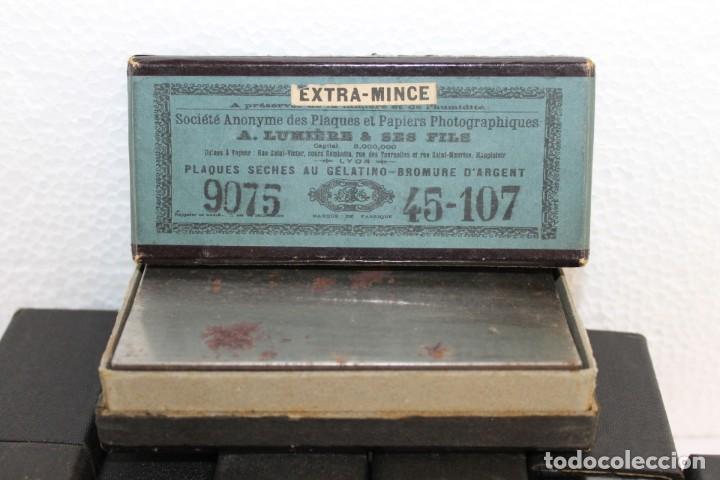 Cámara de fotos: Cámara estereoscópica Verascope de Jule Richard con gran cantidad de accesorios. Paris 1900 - Foto 22 - 226098550