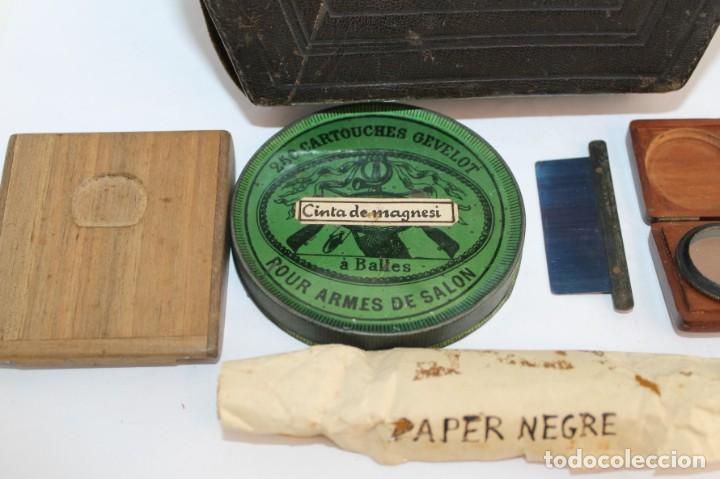 Cámara de fotos: Cámara estereoscópica Verascope de Jule Richard con gran cantidad de accesorios. Paris 1900 - Foto 26 - 226098550