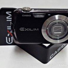 Cámara de fotos: MAQUETA DE CAMARA CASIO EXILIM 12.1 NEGRA. ES UNA CAMARA FICTICIA. Lote 227219735