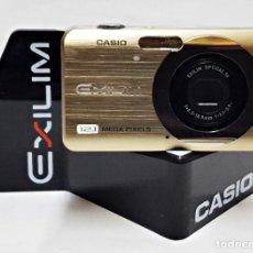 Cámara de fotos: MAQUETA DE CAMARA CASIO EXILIM EZ-290 DORADA . ES UNA CAMARA FICTICIA. Lote 227220610