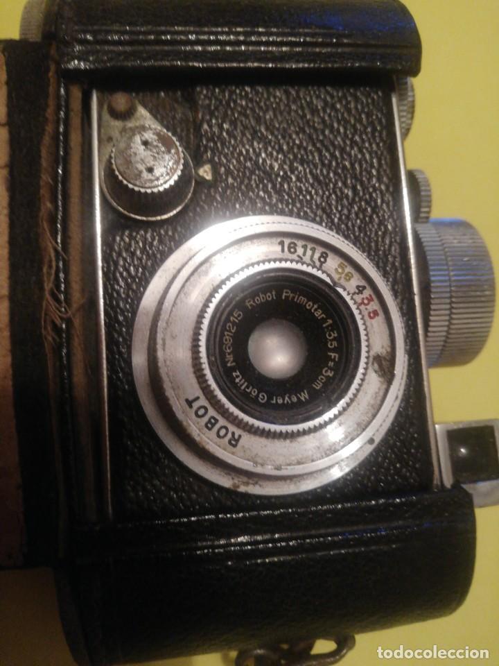 Cámara de fotos: Rara y escasa cámara de fotos antigua marca robot - Foto 2 - 228154700