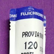Fotocamere: 1 CARRETE FUJIFILM RDP - III - 120 FUJICHROME PROVIA 100F - PRECINTADO - CADUCADO EN AÑO 2006. Lote 229117760
