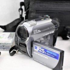 Cámara de fotos: VIDEO CAMARA SONY DCR-DVD306. Lote 241494745