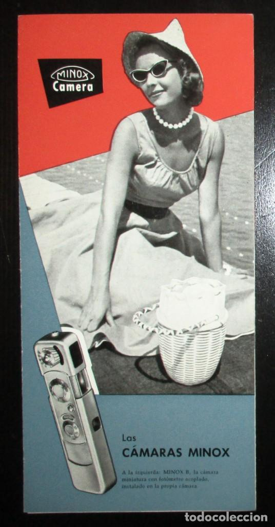 TRÍPTICO PUBLICITARIO DE LA CÁMARA EN MINIATURA MINOX. ORIGINAL DE 1965 EN ESPAÑOL. (Cámaras Fotográficas - Catálogos, Manuales y Publicidad)