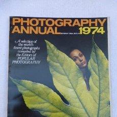 Cámara de fotos: PHOTOGRAPHY ANNUAL....1974,,,EN INGLES.. Lote 247802140