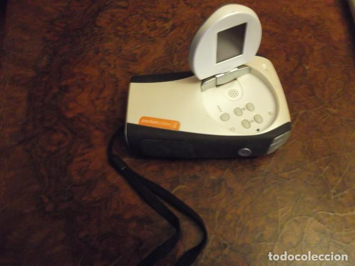Cámara de fotos: Cámara de fotos y peli pequeña marca logitech funciona con Targeta. SD tiene para conectar tv y usb - Foto 2 - 252265640
