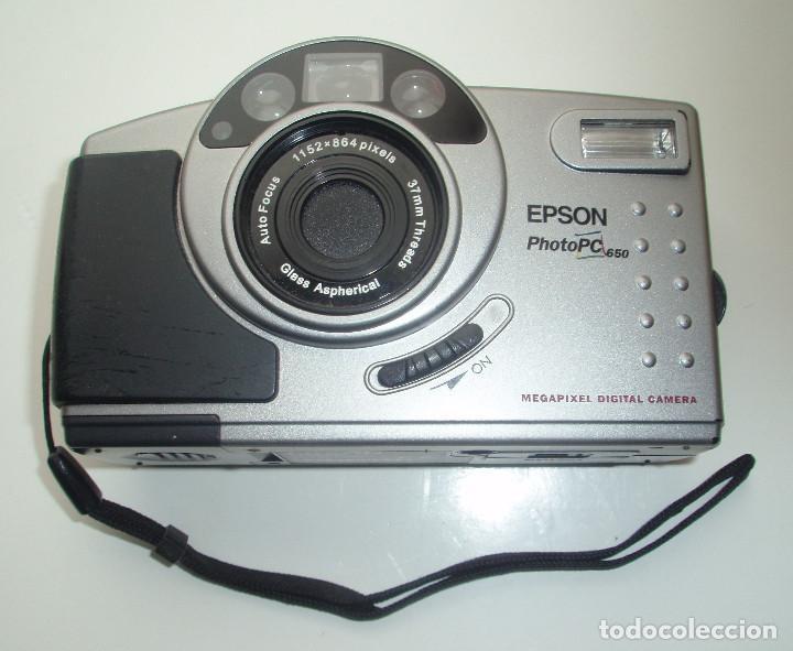 CÁMARA DIGITAL EPSON, PHOTO PC 650. AUTO FOCUS.1152 X 864 PIXELS. 37MM THREADS. GLASS ASPHERICAL. (Cámaras Fotográficas - Otras)