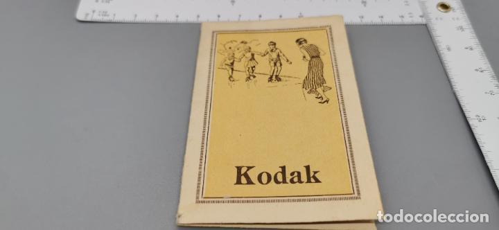 Cámara de fotos: Antigua carpeta Kodak años 20 para negativos - Foto 2 - 263568975
