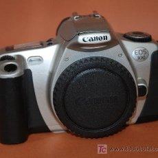Cámara de fotos: CANON EOS 300. Lote 17935013