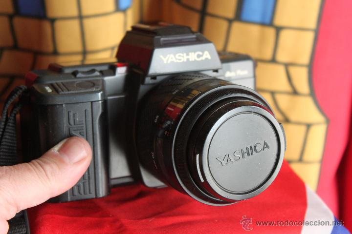 YASHICA AF230 + ZOOM 35-70 (Cámaras Fotográficas - Réflex (autofoco))