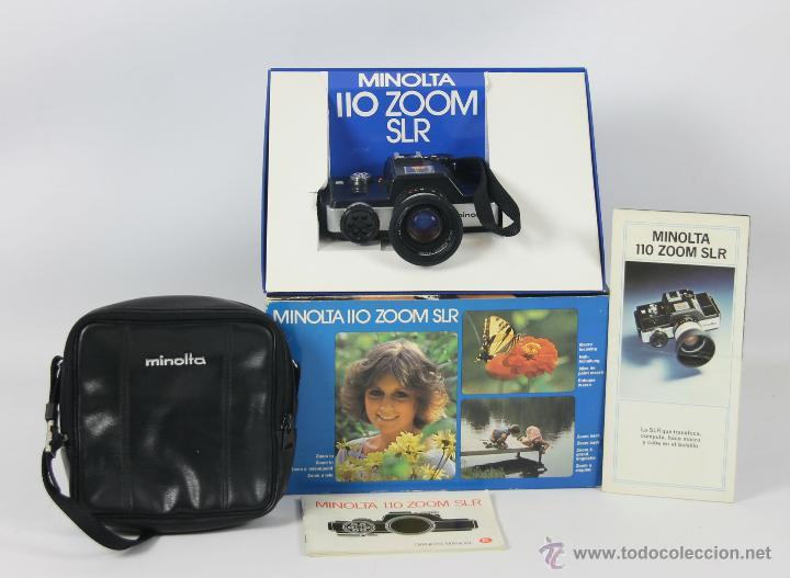 CAMARA FOTOGRAFICA MINOLTA MODELO 110 SLR. CAJA ORIGINAL, FUNDA E INSTRUCCIONES. 1979. (Cámaras Fotográficas - Réflex (autofoco))