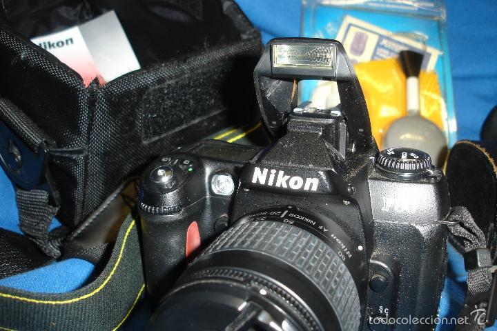 Cámara de fotos: CÁMARA FOTOGRÁFICA NIKON F80 CON TRES OBJETIVOS MÁS ACCESORIOS - Foto 4 - 57206513