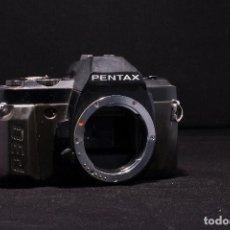 Cámara de fotos: CUERPO REFLEX PENTAX P30. Lote 65685734