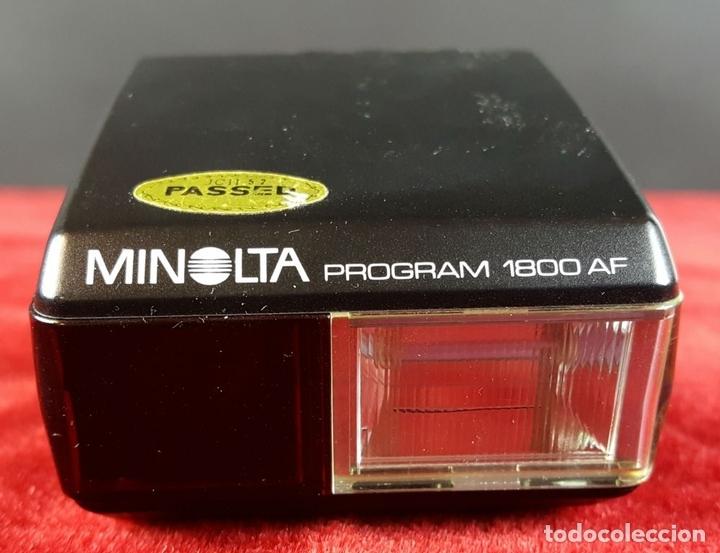 Cámara de fotos: CONJUNTO DE CAMARA MINOLTA 5000 AF. LENTE MINOLTA 70-210. ESTUCHE ACOLCHADO. 1987. - Foto 13 - 76952309