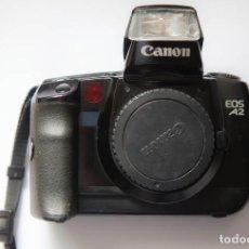 Cámara de fotos: CANON EOS A2/5 DE 35MM. Lote 112434603