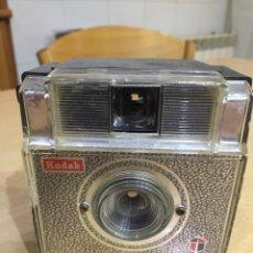 Cámara de fotos: KODAK FIESTA DE LUXE.1965. Lote 119256007
