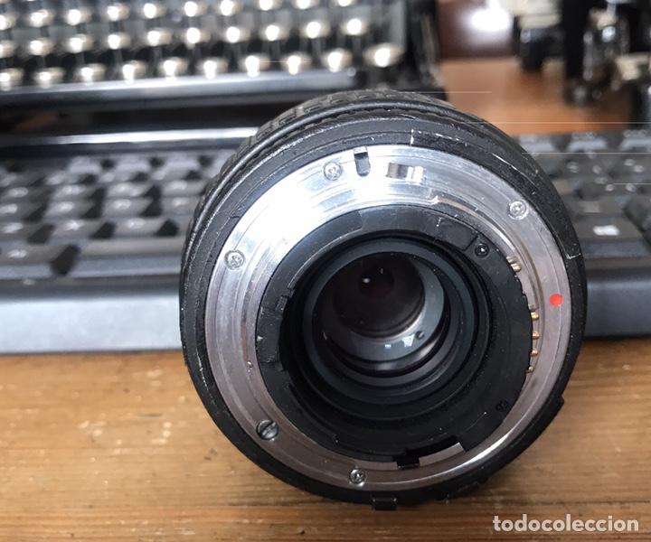 Cámara de fotos: Cámara AF Nikon F 601. Objetivo Sigma 28/70. Bolsa de Transporte. - Foto 7 - 130609799