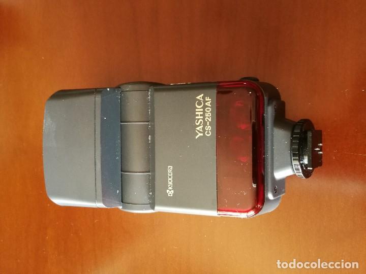 Cámara de fotos: VENTA CONJUNTA O SEPARADA LOTE DE FOTOGRAFIA: CAMARA YASHICA 200-AF, FLASH YASHICA CS-250 AF... - Foto 11 - 131115888
