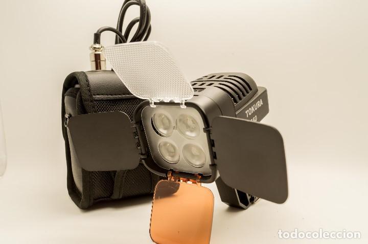 Cámara de fotos: ANTORCHA LED PROFESIONAL TOKURA DARWIN S-650 - Foto 2 - 131153344