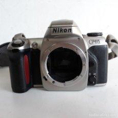 Cámara de fotos: CUERPO DE NIKON F 65, CON CORREA PARA CUELLO , NIKON. Lote 135487446