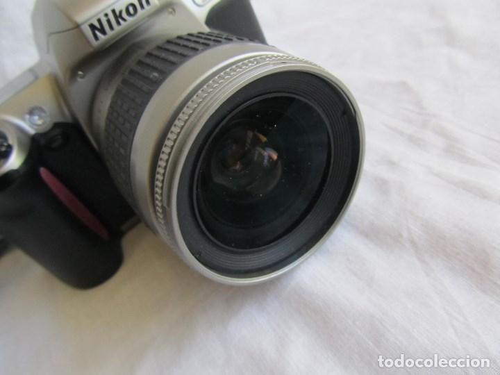 Cámara de fotos: Cámara Nikon F65 + funda + Instrucciones. Funciona perfectamente. - Foto 4 - 138664474