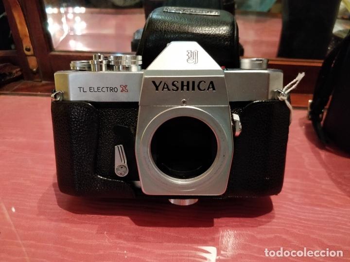Cámara de fotos: Camara Reflex Yashica, con objetivo Auto Yashinon DX 1,4 200mm. - Foto 3 - 37121992