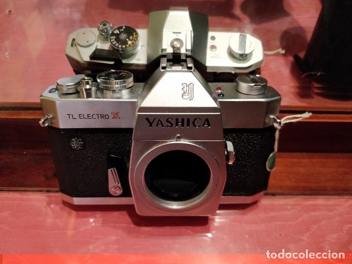 Cámara de fotos: Camara Reflex Yashica, con objetivo Auto Yashinon DX 1,4 200mm. - Foto 4 - 37121992