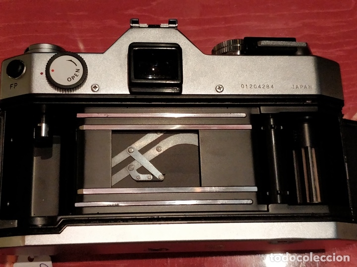 Cámara de fotos: Camara Reflex Yashica, con objetivo Auto Yashinon DX 1,4 200mm. - Foto 9 - 37121992