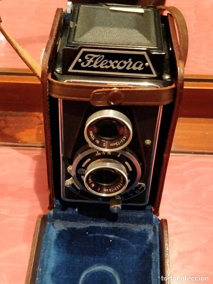 Cámara de fotos: Cámara fotográfica alemana Flexora Lipca, en buen estado, con funda, caja original y disparadores. - Foto 5 - 42412431