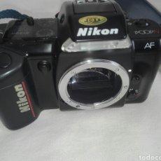 Cámara de fotos: CAMARA FOTOS NIKON REFLEX AUTOFOCUS N 4004 SIN OBJETIVO Y SIN PROBAR,EN BUEN ESTADO APARENTE.. Lote 150095320