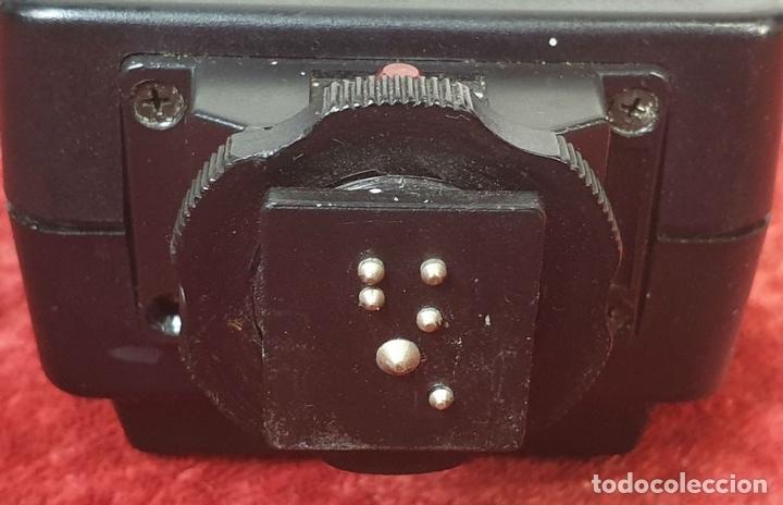 Cámara de fotos: CÁMARA FOTOGRAFICA. YASHICA MODELO MG-1. TELEMÉTRICA. INCLUYE FLASH. JAPÓN. 1975. - Foto 10 - 168025696