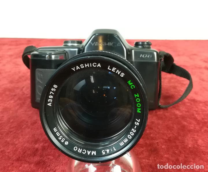 CÁMARA FOTOGRÁFICA. YASHICA 108. KYOCERA (CIRCA 1990) JAPÓN (Cámaras Fotográficas - Réflex (autofoco))