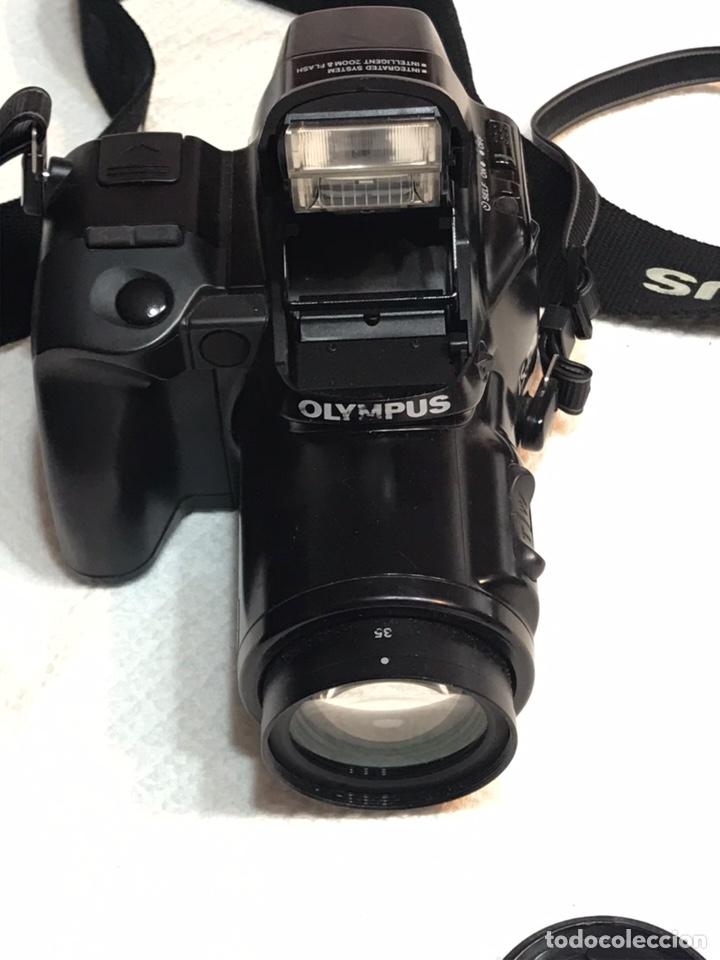 Cámara de fotos: Cámara réflex Olympus IS-1000 - Foto 2 - 169016753
