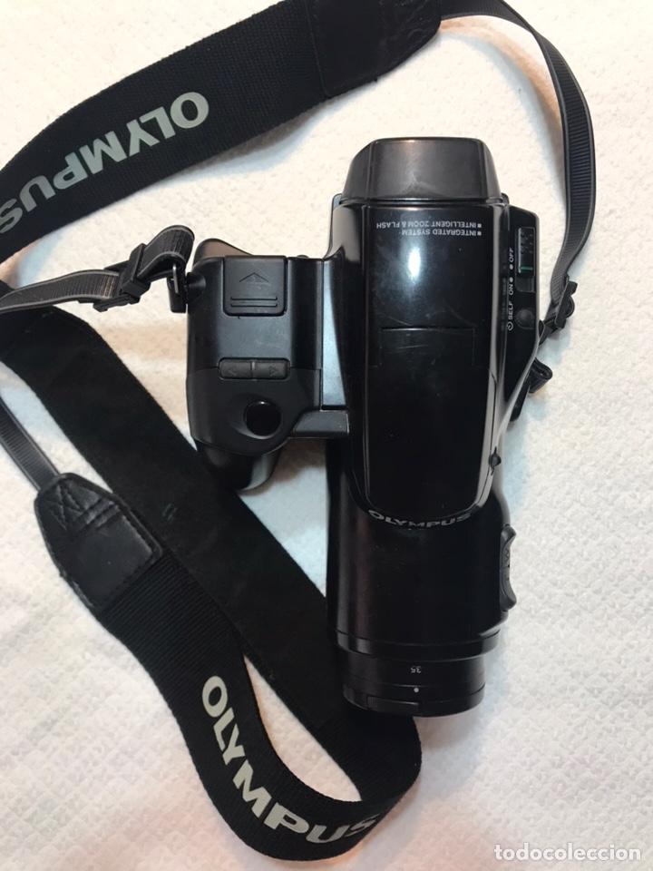 Cámara de fotos: Cámara réflex Olympus IS-1000 - Foto 3 - 169016753