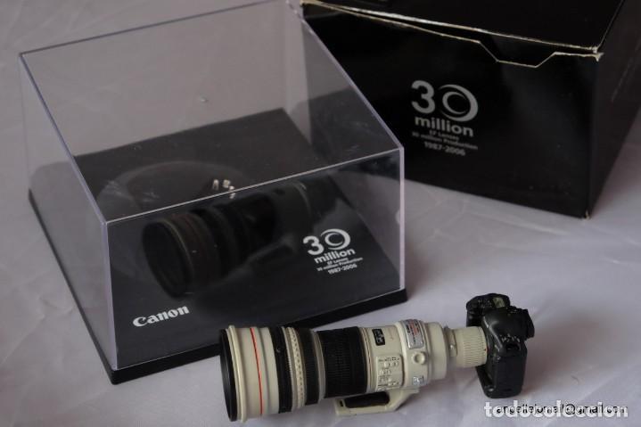 Cámara de fotos: 30 Million EF Lens. Miniatura Conmemorativa . - Foto 2 - 169115880