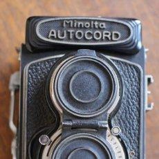 Cámara de fotos: CÁMARA RÉFLEX DE LENTE MINOLTA AUTOCORD DOBLE CON ROKKOR 75MM F/3.5 LENTE DE JAPÓN. Lote 278181448