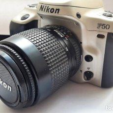 Cámara de fotos: CÁMARA NIKON F50 EN PERFECTO ESTADO CON OBJETIVO NIKKOR 35/80 MM Y BATERÍA RECARGABLE.. Lote 173562358
