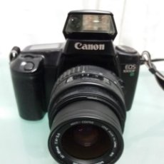 Cámara de fotos: CÁMARA CANON EOS 1000F CON OBJETIVO. Lote 189550850