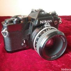 "Câmaras de fotos: CAMARA FOTOGRAFICA "" NIKON FE "" CON OBJETIVO GAMA ALTA NIKKOR DE 50MM.. Lote 204188808"