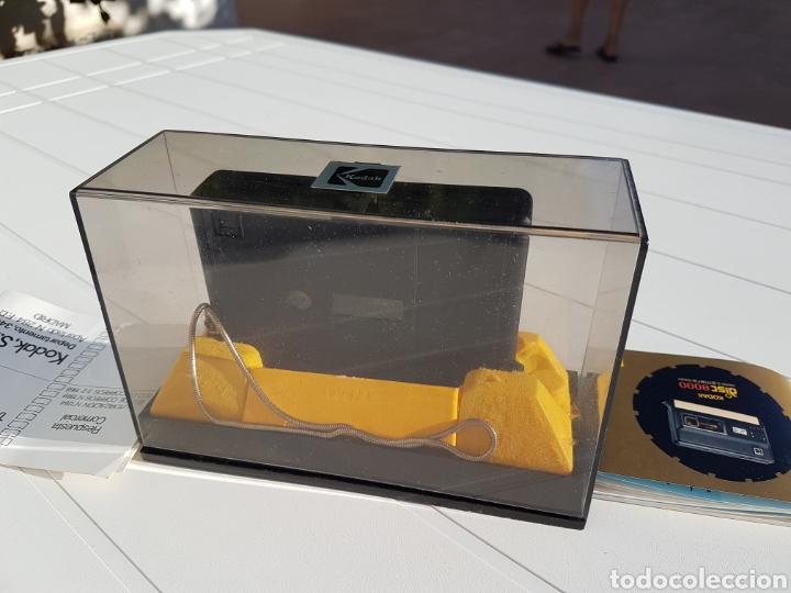 Cámara de fotos: Kodak disc 8000 antigua de 1982 aprox - Foto 3 - 216518232
