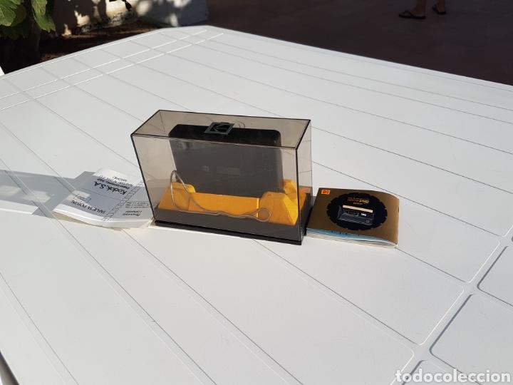 Cámara de fotos: Kodak disc 8000 antigua de 1982 aprox - Foto 6 - 216518232