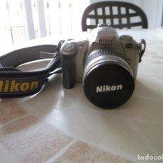Cámara de fotos: CAMARA NIKON F55 CON OBJETIVO 28-80. Lote 217588953