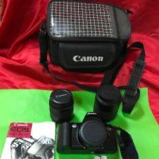 Cámara de fotos: CÁMARA CANON RÉFLEX EOS 500, VARIOS OBJETIVOS Y BOLSA DE TELA, LIBRO DE INSTRUCCIONES. Lote 222543312